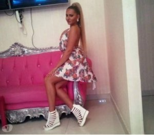 Emiliette japanese women dating apps Droylsden UK