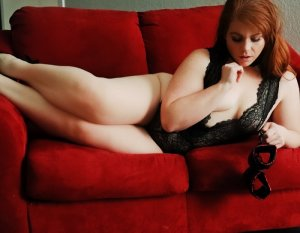 Carry redhead escorts dating sites North Dumfries ON